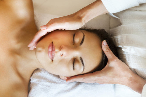 Aromatherapy Deep Cleansing Facial - Cher-Mere