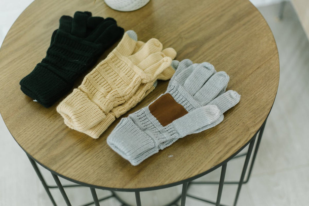 Tech Suede Trim Gloves