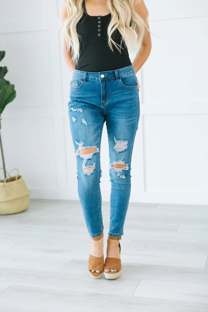 Fave Distressed Jeans