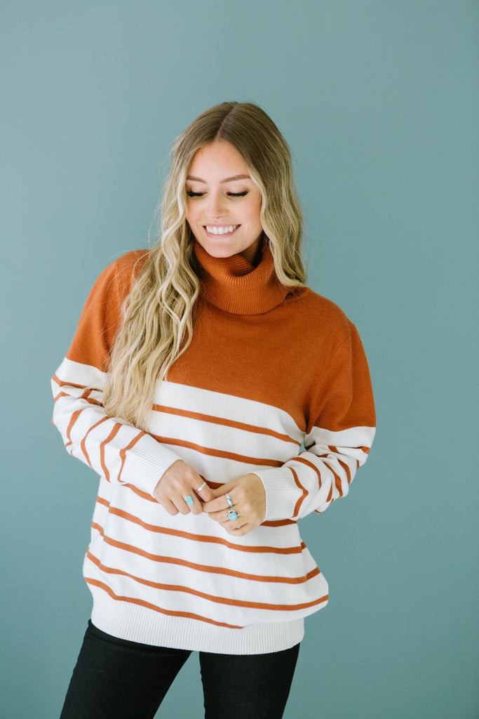 Striped Contrast Turtleneck