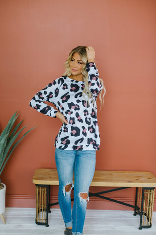 Lips Graphic Pullover