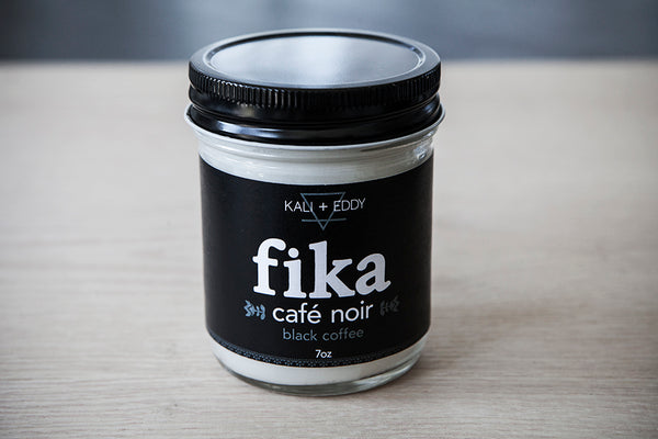 Fika Café Noir, chandelle 100%  de soja. Black Coffee, FIKA collection, 100% soy candle.