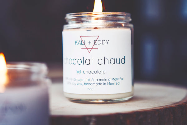 Chocolat chaud, chandelle 100% cire de soja. Hot chocolate, 100% soy candle.