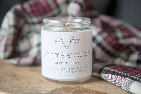 Pomme et Sauge, chandelle 100% de soja. Apple and Sage, 100% soy candle.