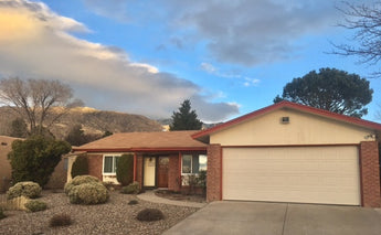 Just Listed - 1620 Cullen Lane NE, Albuquerque - Our Client Will Save About $6,000 in Commissions