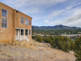 SOLD - 27 Via Del Sol, Santa Fe - Our Client Saved around $6,000 in Commissions!