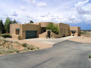 SOLD - 3B Deans Court, Santa Fe - Our Client Saved about $13,000 in Commissions!