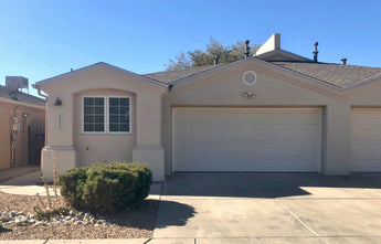 Just Listed - 8323 Calle Avion NE in Albuquerque