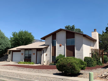 Just Listed - 7124 Minuteman Drive NE in Albuquerque