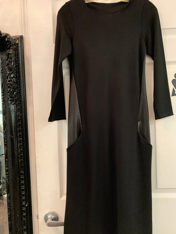 Leather side Dress black