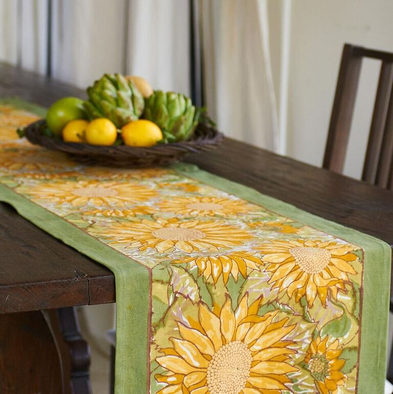 Couleur Nature lemon and lime table runner