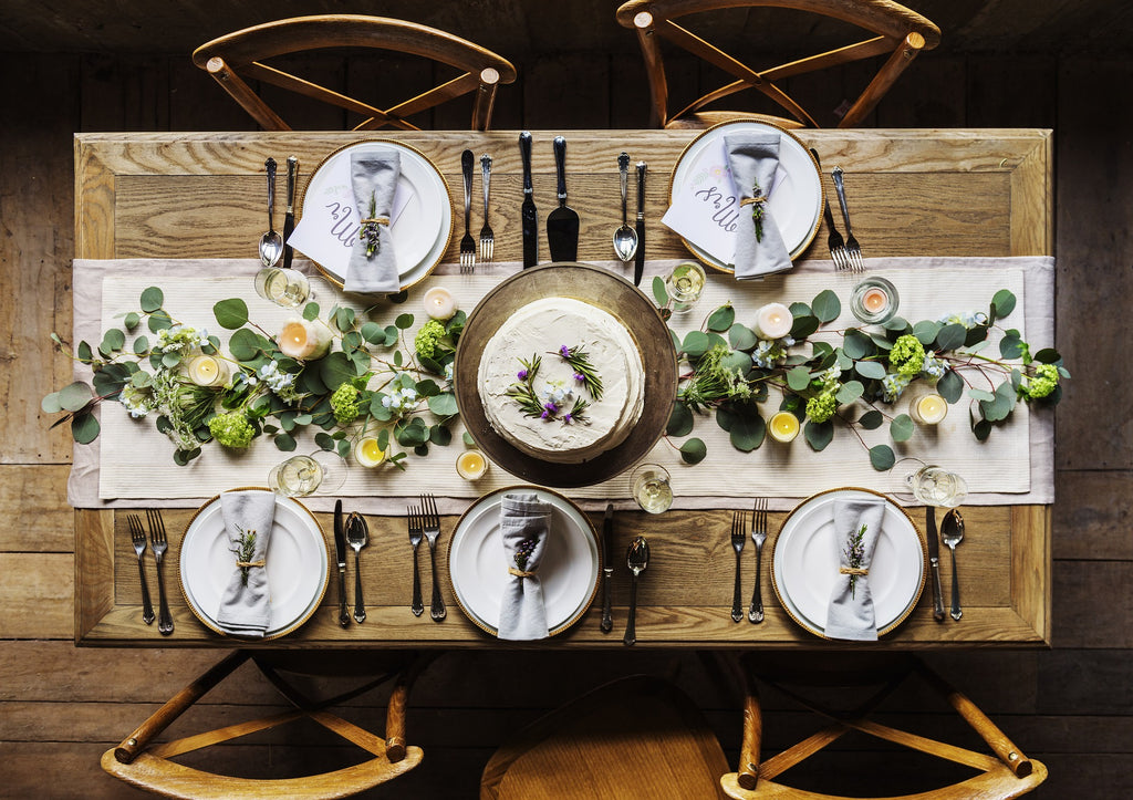 Table decorations & How to Decorate a Table - CouleurNature