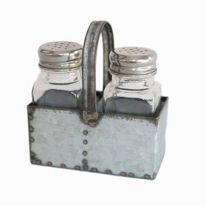 salt_pepper_shakers_1