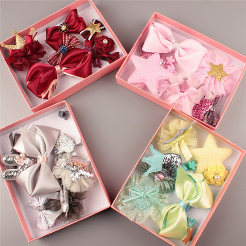 10 Pieces Hair Clips & Accessories - A Little Kiddie