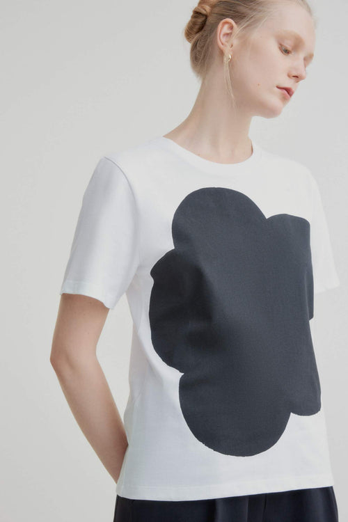 Kowtow Big Flower Tee Black | Organic Cotton Tee | Ethically Made