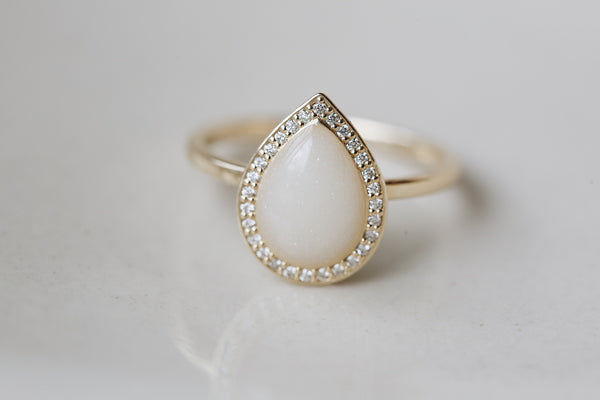 Diamond Halo Drop Ring