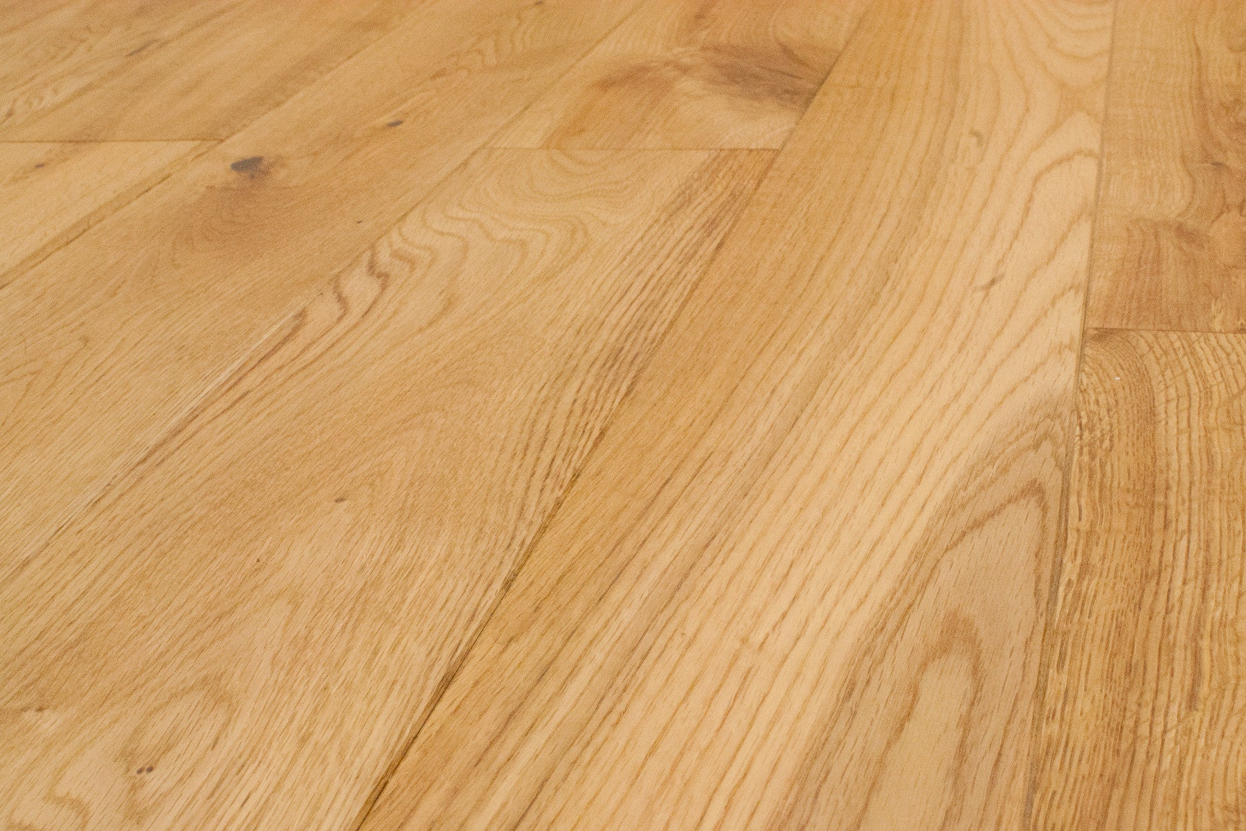 Natural Oak 5 European White Oak Solid Hardwood Easiklip Floors