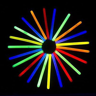 "Fun Central I34 6"" Standard Glow Sticks - Assorted Colors 25ct"