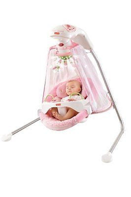 Fisher-Price Papasan Cradle Swing Butterfly Garden