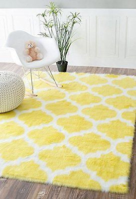 Nuloom 5' x 7' Faux Sheepskin Shaunna Rug in Yellow