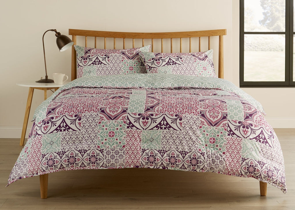"Kingsley ""Agadir"" Bed Linen - Berry"