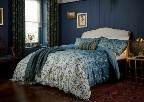 "Clarissa Hulse ""Goose Grass"" Duvet Cover Set"