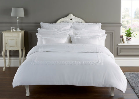 "Henry Christy ""Charlton"" Flat Sheet & Pillowcase - Colour White"