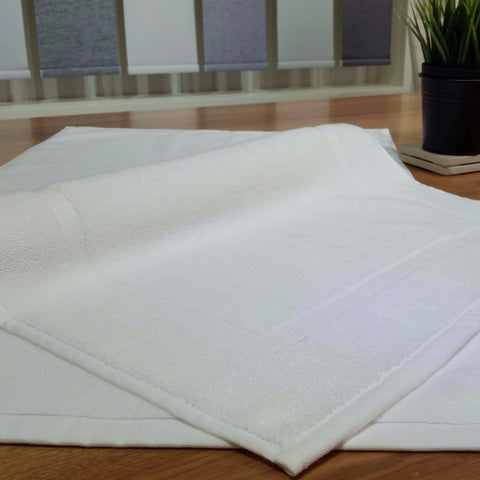 "Linen Obsession ""Spa Border"" Bath Mat White"