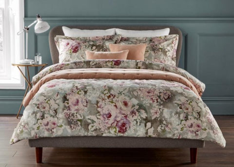 "Christy ""Rosemore"" Bed Linen - Colour Soft Pink"