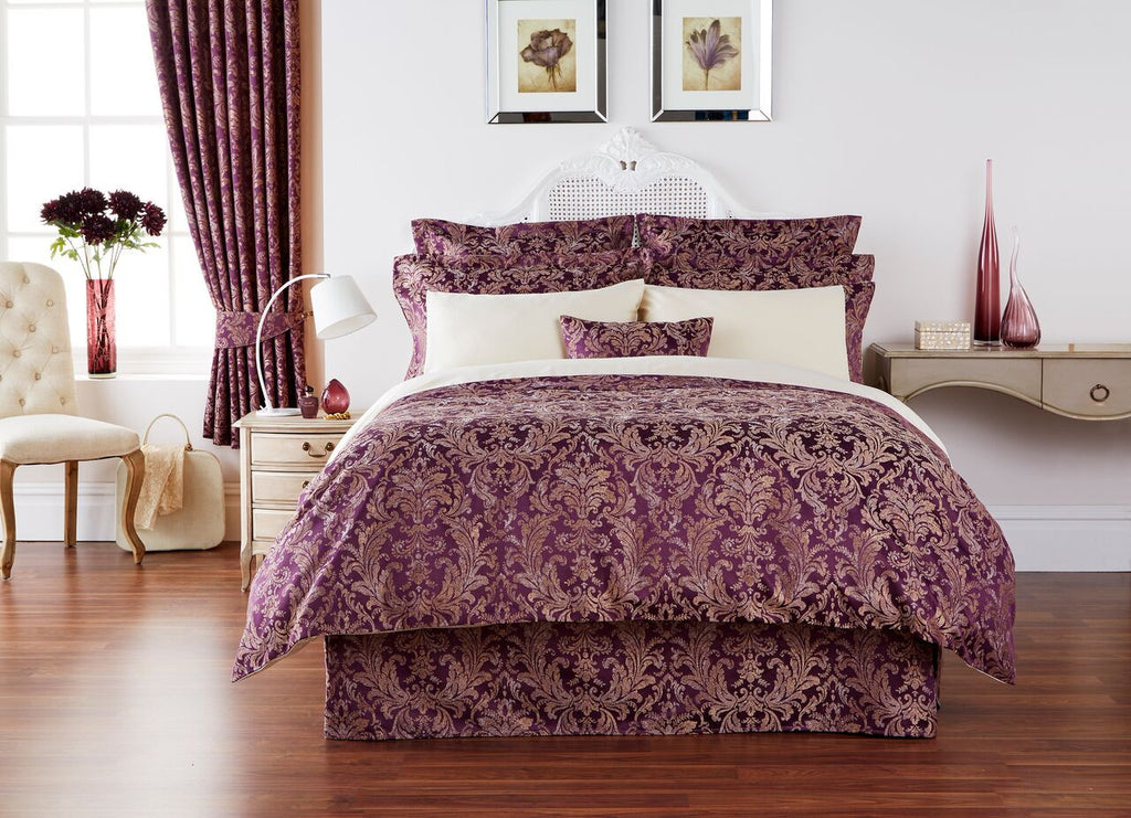 "Christy ""Sicily"" Bed Linen - colour Damson"