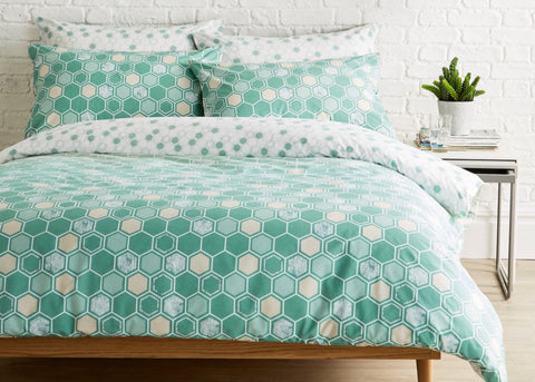 "Kingsley ""Honeycomb"" Bed Linen - Sage"