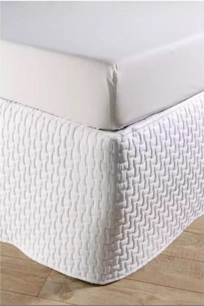 "Christy ""Windsor Quilted Bed Skirt"" (Valance) in Colour White"