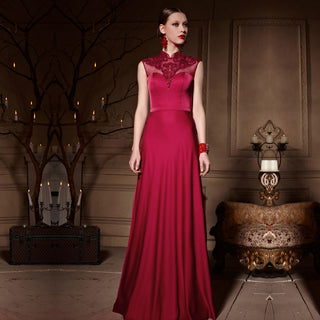Sleeveless Red Lace Wedding/Reception Dress
