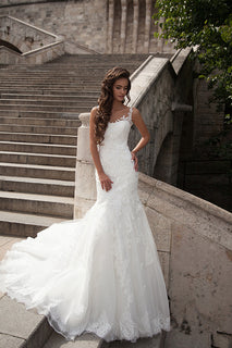 Elegant Lace Mermaid Wedding Dress