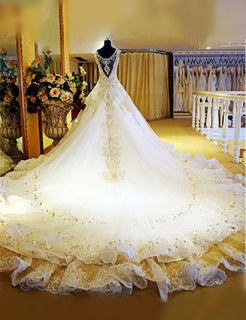 Crystal Lace V-Neck Luxury Wedding Dress