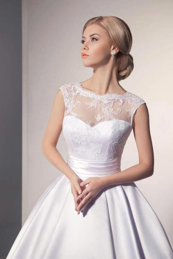 Satin/Lace Wedding Dress