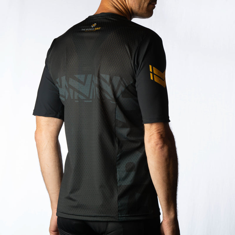 The Munga Grit Finishers Trail jersey | 2 Stripes