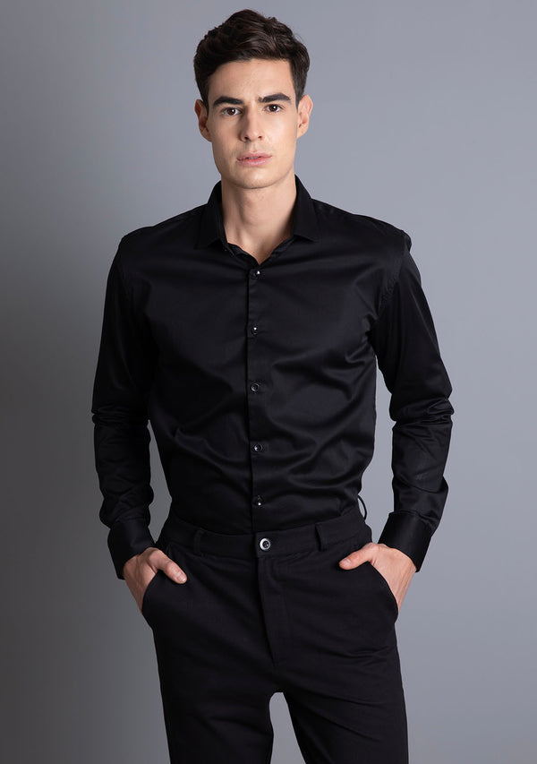 Classic Shirt in Jet Black