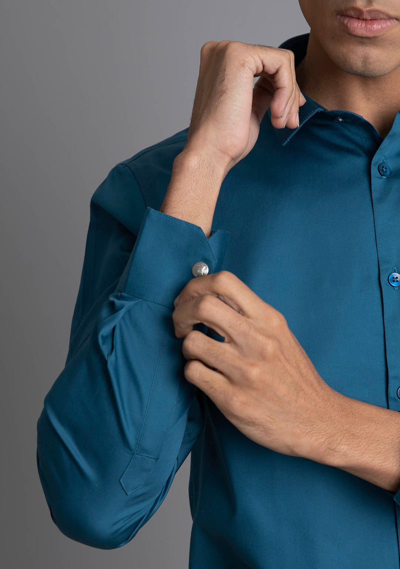 Classic Shirt in Lyons Blue