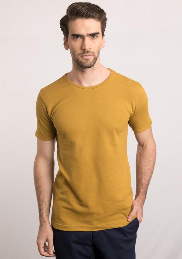 Piqué T-shirt in Mustard