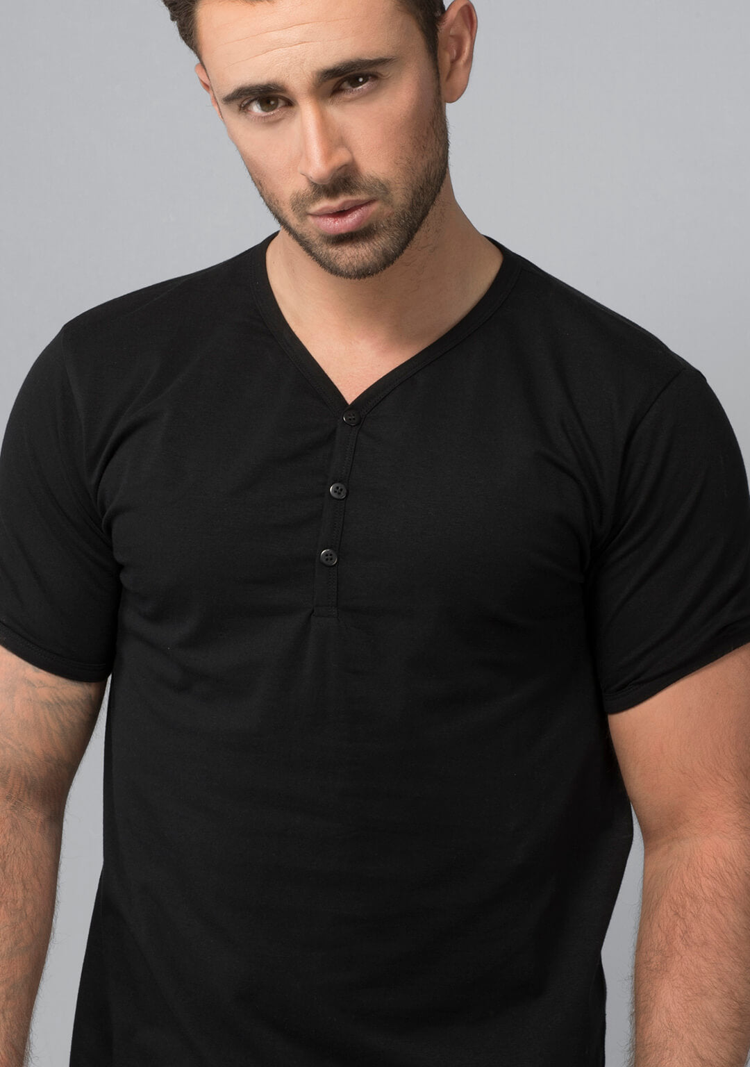 Henley T-shirt in Jet Black
