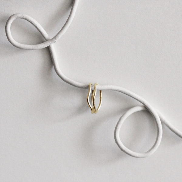 OVAL WAVE SMALL HOOPS // 9CT GOLD