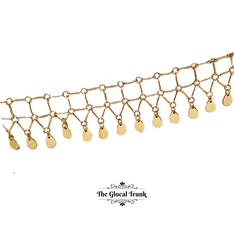 https://www.theglocaltrunk.com/products/square-links-dainty-dangler-choker-necklace