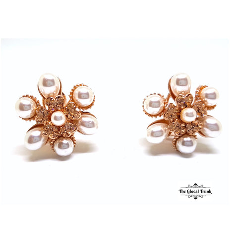 https://www.theglocaltrunk.com/products/pearl-and-crystal-rose-gold-stud-earrings