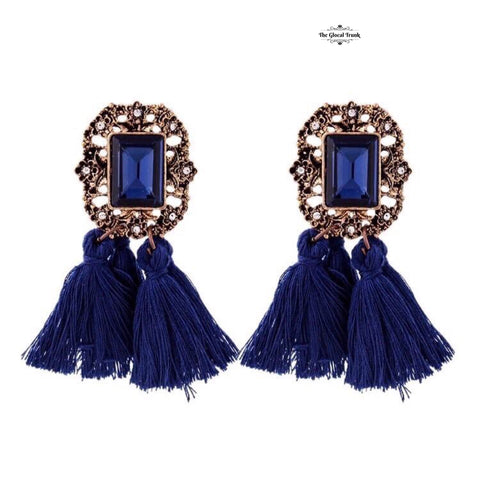 https://www.theglocaltrunk.com/search?q=Countess+Double+Tassel+Earrings+Blue