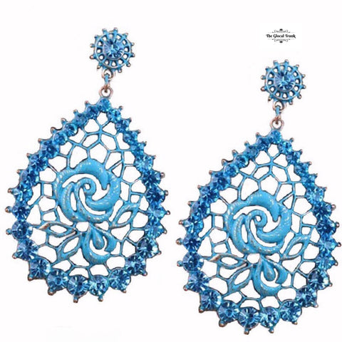 https://www.theglocaltrunk.com/products/mosaic-metal-rose-earrings-blue