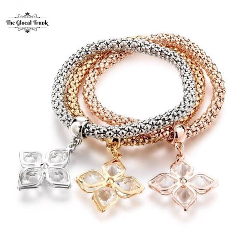 https://www.theglocaltrunk.com/products/trio-stretch-bracelet-crystal-clover