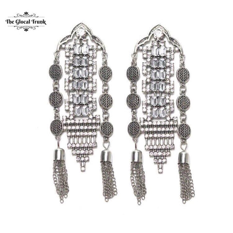 https://www.theglocaltrunk.com/products/dansessuese-tribal-dangler-earrings-silver