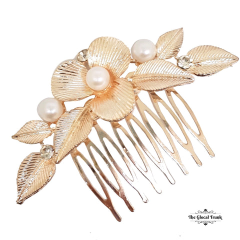 https://www.theglocaltrunk.com/products/alana-vintage-pearl-metal-comb