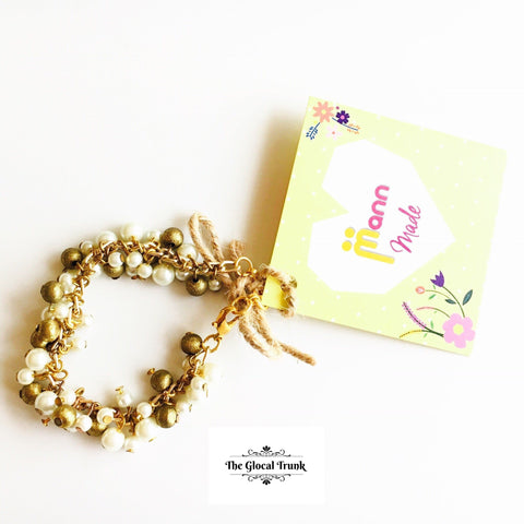 https://www.theglocaltrunk.com/products/chunky-pearl-bracelet